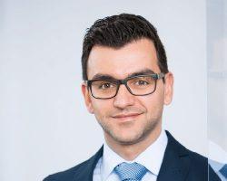 Dr. Reza Ghadiri