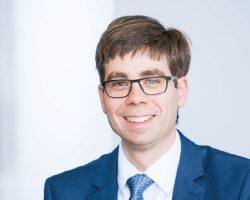 Dr. Alexander Schuld