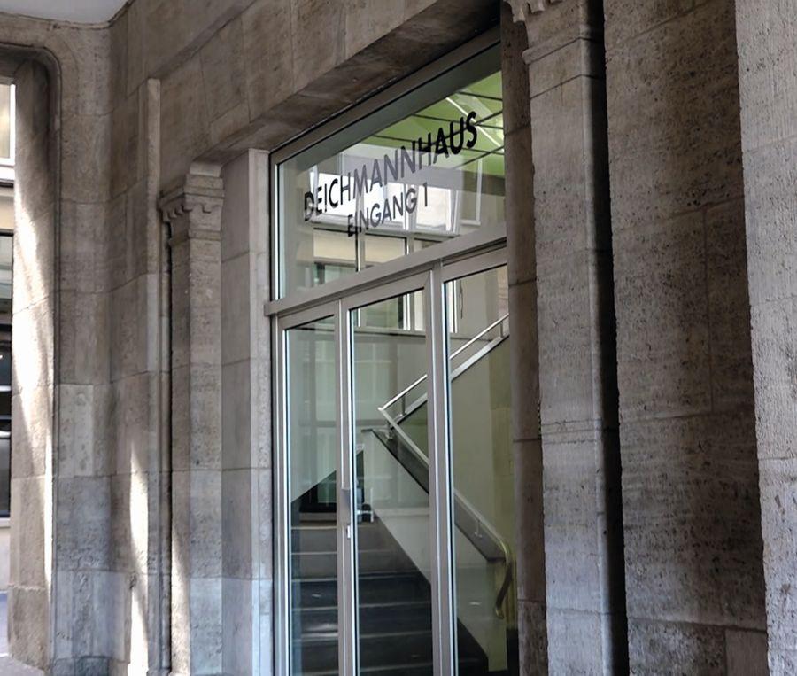 dompatent Deichmannhaus Haupteingang